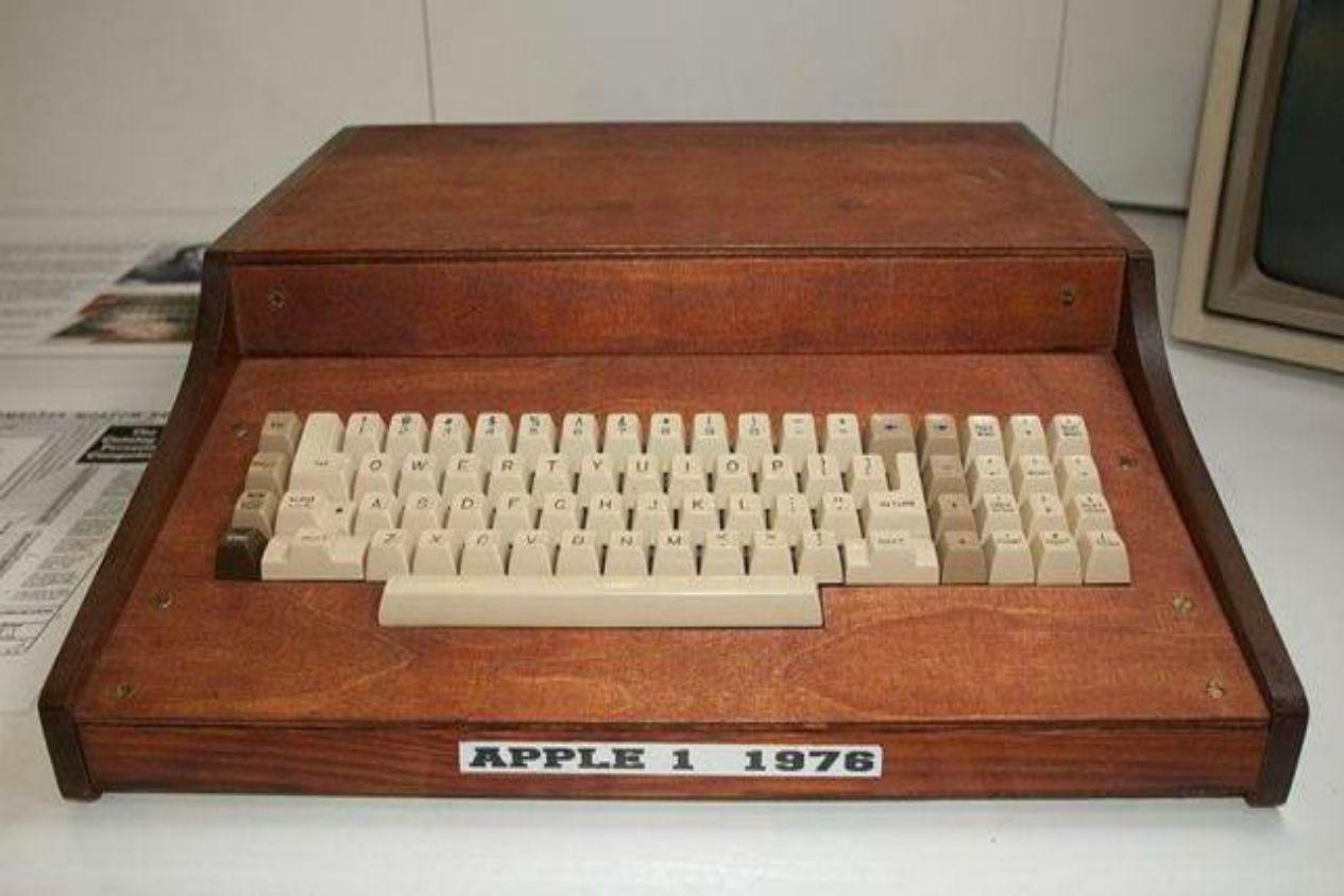 422124f4d61 Subastan ordenador Apple I en 200 mil dólares - El Informante de ...