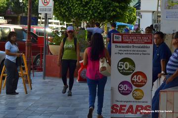 Buen Fin Sears Centro tiendas gente negocios comercio