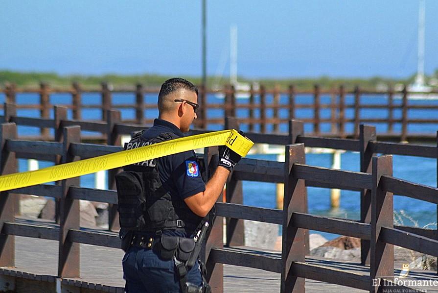 malecon policia acordonar precaucion cinta amarilla seguridad